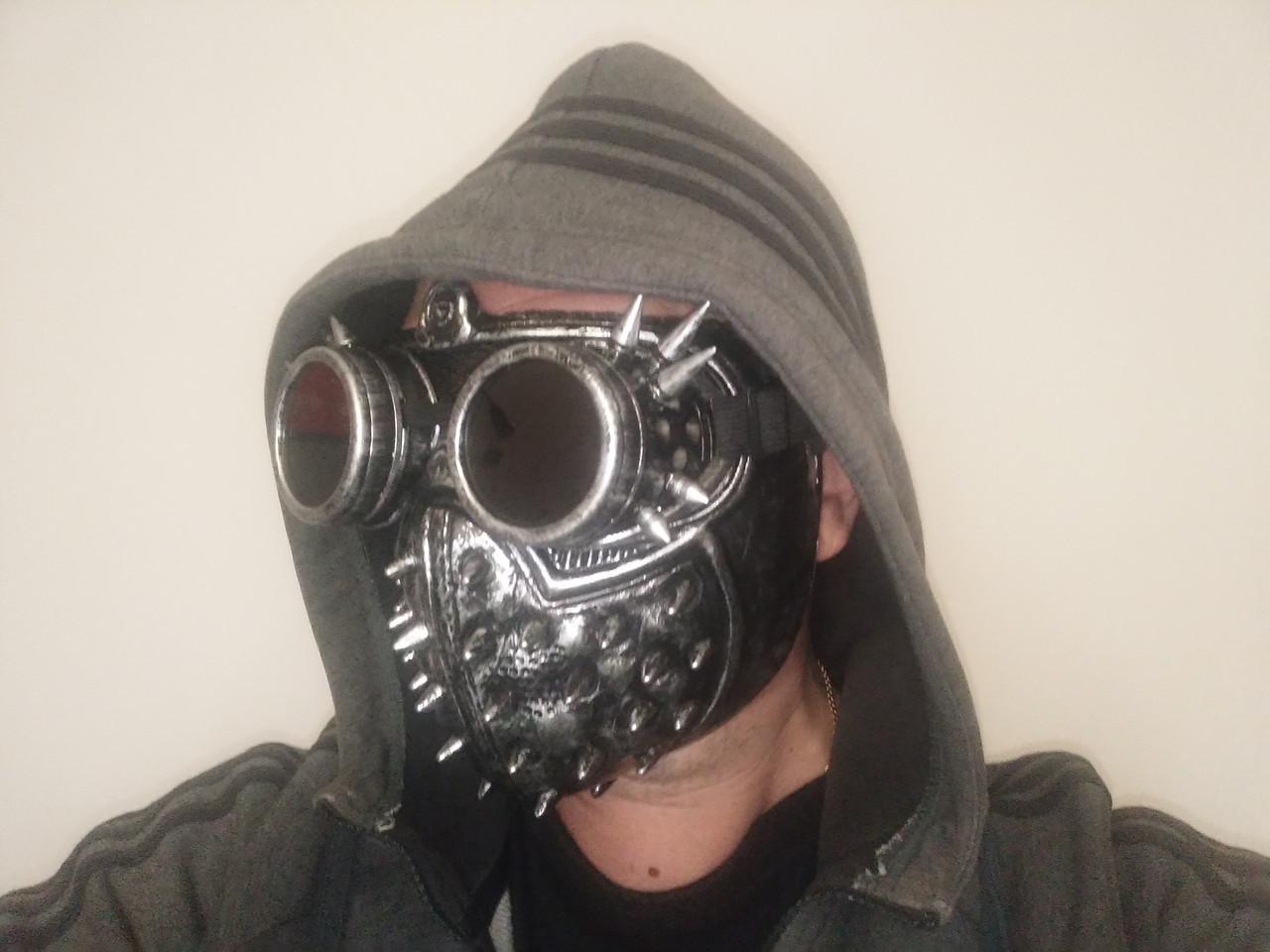 Маскарадна маска стімпанк на Хеллоуїн