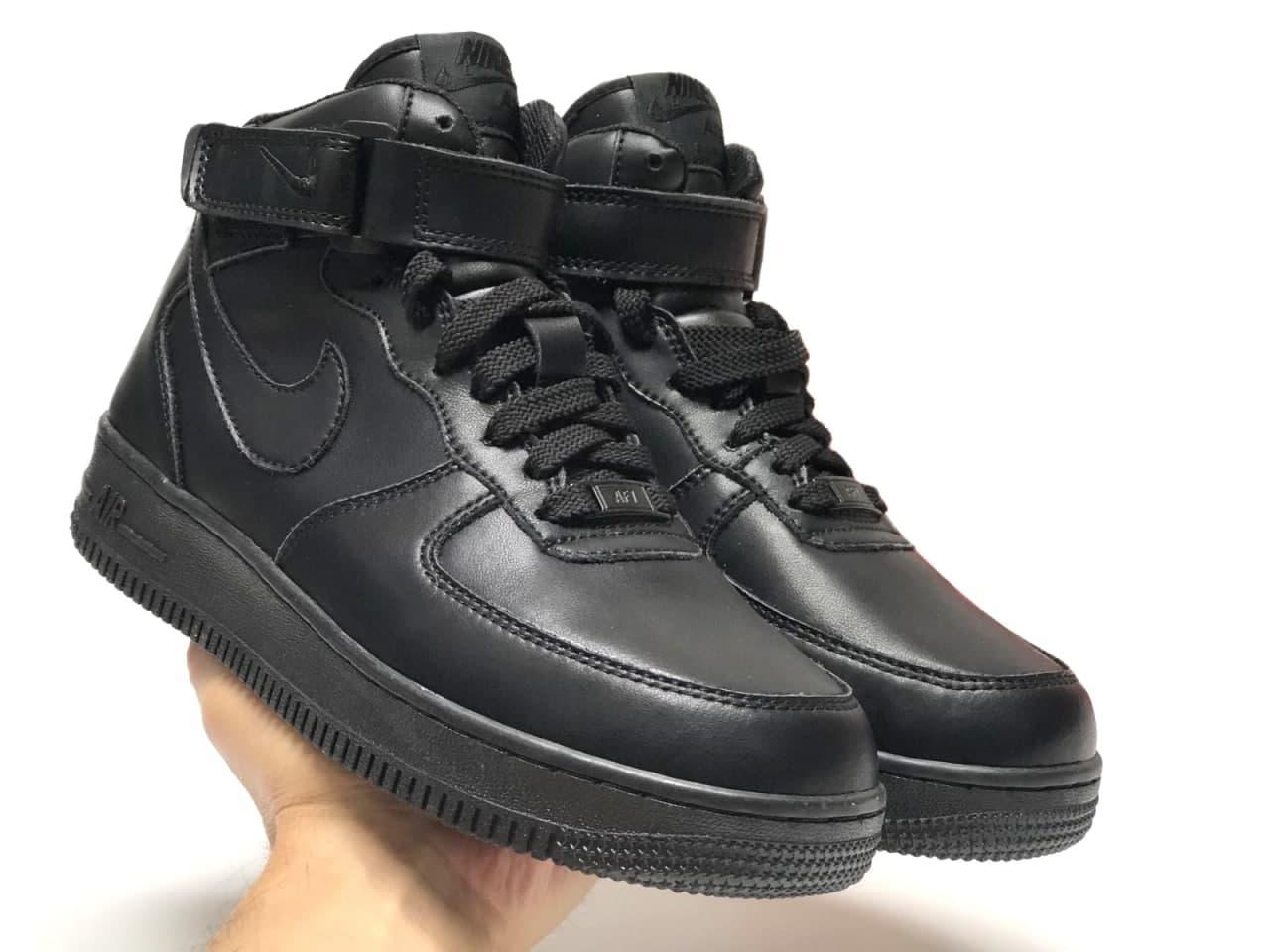 Чоловічі зимові кросівки Nike Air Force (чорні) висока стильне взуття К12360