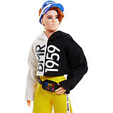 Лялька Кен Barbie Ken BMR1959 Fully Poseable Doll Red Hair with Freckles, Split Color Hoodie with Track Pants &, фото 5