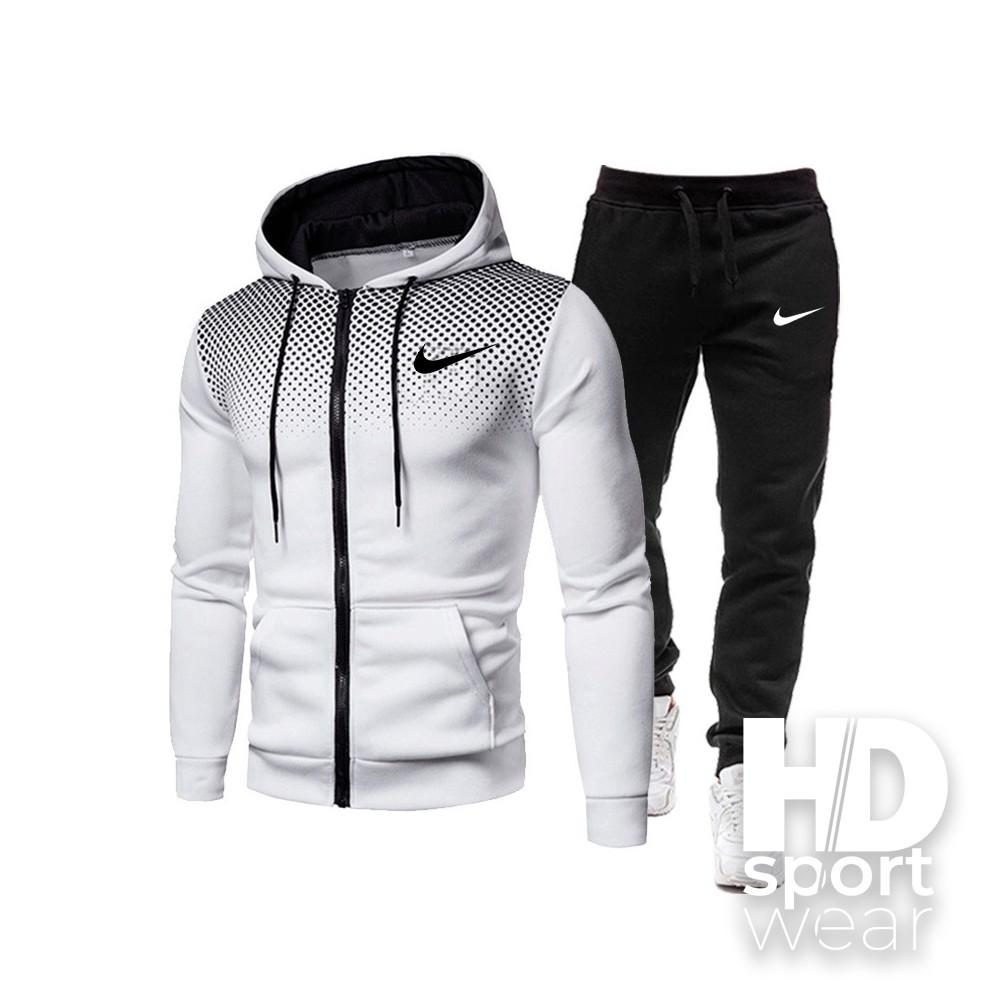 Чоловічі спортивні костюми Nike