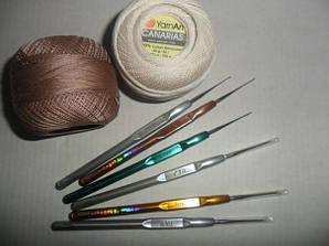 Инструментарий и прочие пренадлежности для вязания.