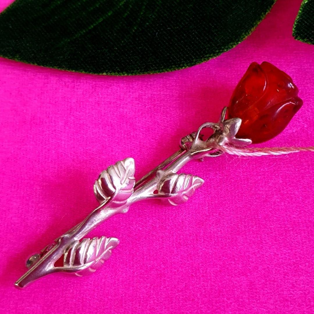 Серебряная брошь Роза с янтарем - Брошь с янтарем серебро - Женская серебряная янтарная брошь Роза