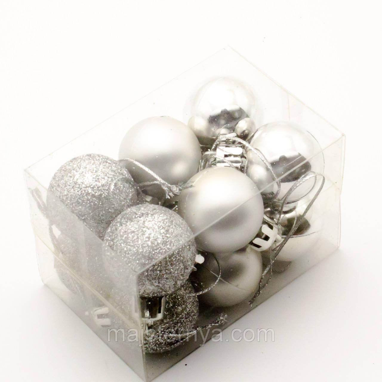 Новорічні іграшки на ялинку - кулі 5см (12шт в упаковці) срібного кольору