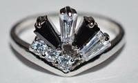 Кольцо с родиевым покрытием, белый и черный камень  34_6_39
