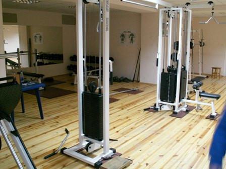 Фото тренажерного зала, где проходят курсы инструкторов в школе Олимпия на левом берегу в Киеве