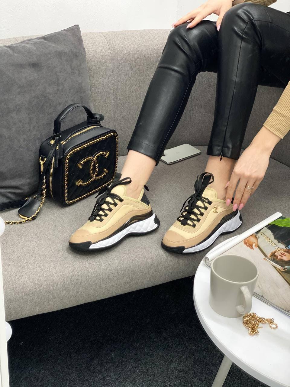 Женские кроссовки Chanel Sneakers Beige (бежевые) CH002 крутые кроссы для стильной девушки