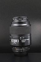 Nikon AF Nikkor 105mm F2.8 D