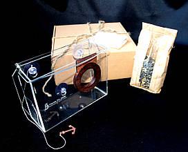Набір годівниця для птахів на вікно + насіння для годування птахів. Модель Фотоапарат