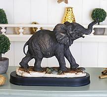 Статуетка милий слоненя на дерев'яній подствке 39*11*22,5 SM00312-В