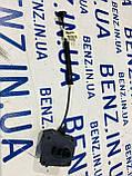 Активатор лючка бензобака Mercedes W204, S204 A2048990050, фото 3