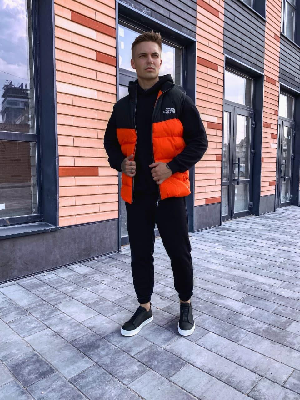 Мужская жилетка осенняя The north face стильная (красная) крутая куртка на осень ng1