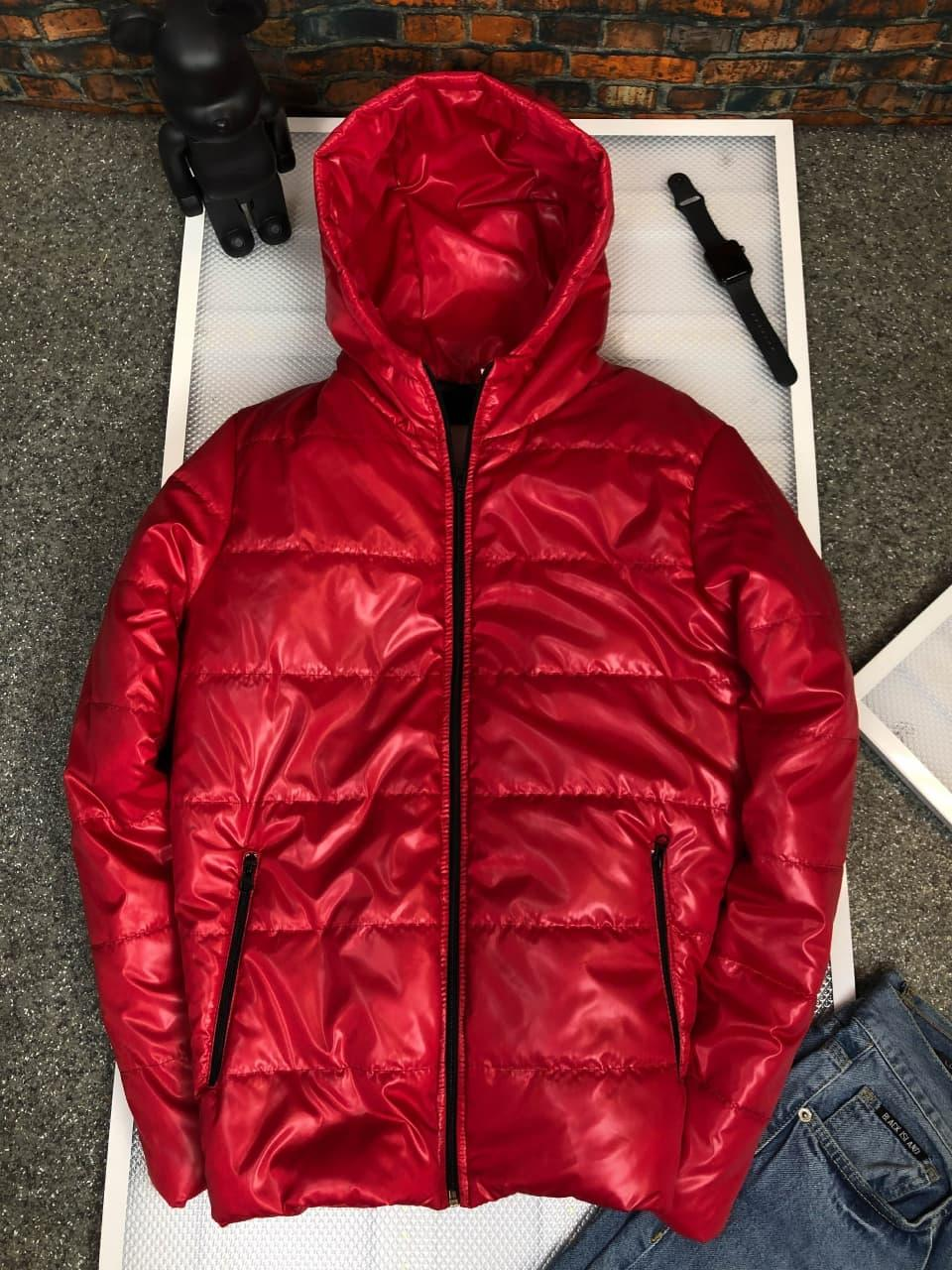 Куртка мужская красная с капюшоном теплая демисезонная глянцевая