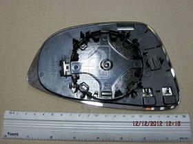 Вкладиш дзеркала VW B-7/Passat CC Jetta лівий з підігрівом 0512147431