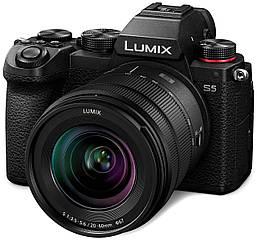 Фотоапарат Panasonic Lumix DC-S5 kit 20-60mm (DC-S5KEE-K)