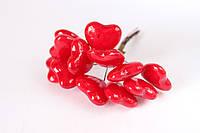 Декоративные сердечки 120 шт/уп. на проволочке красного цвета оптом