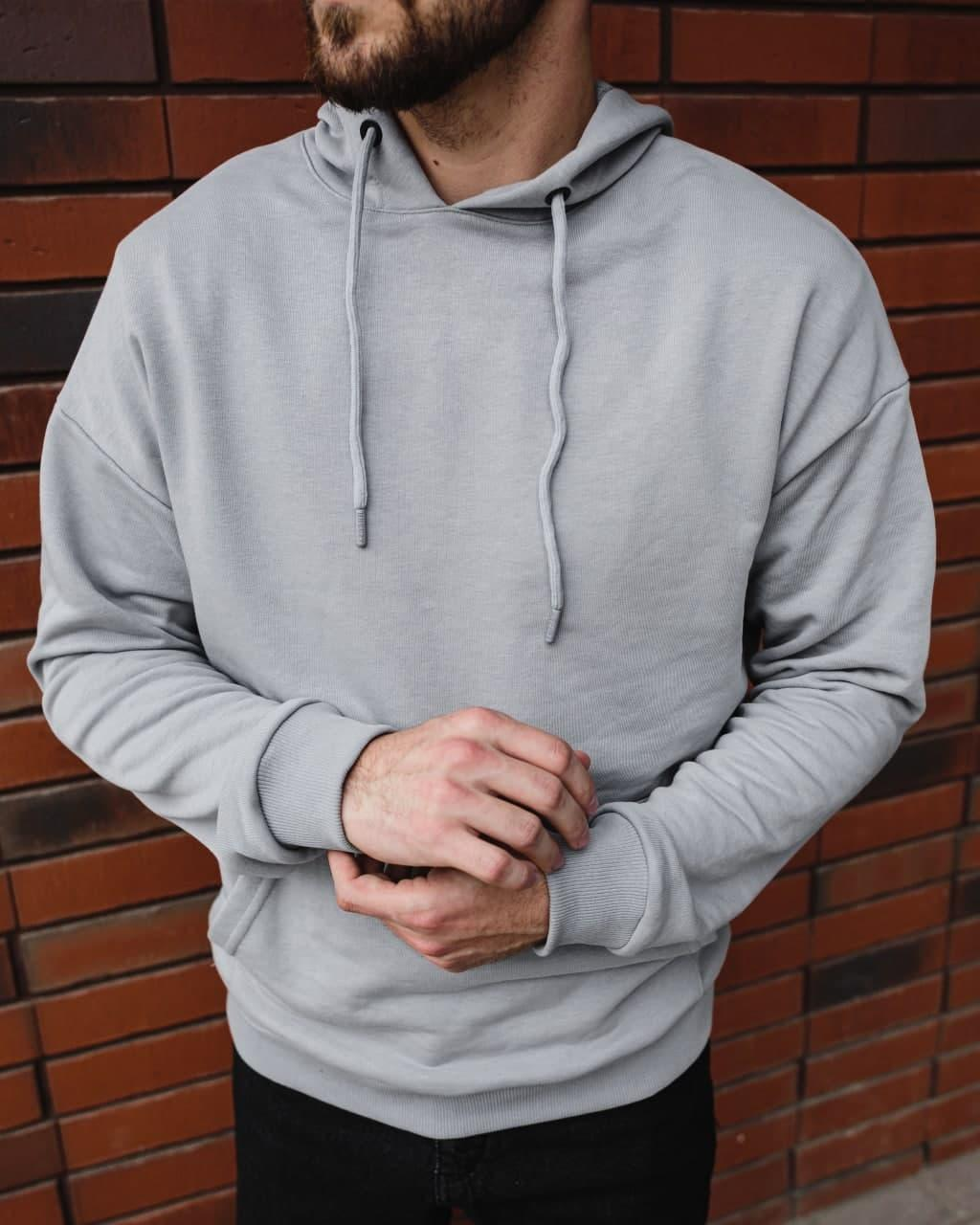 Чоловічий сірий худі оверсайз з капюшоном з кишенею спереду однотонний