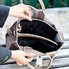 Брендовий фактурна бежева жіноча сумка - шоппер, регульований ремінь на плече, фото 2