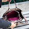 Невелика бежева зручна міська жіноча сумка, регульований ремінь на плече, фото 4