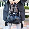 Елегантна чорна міська жіноча сумка кисет із зручною ручкою, ремінь через плече, фото 2