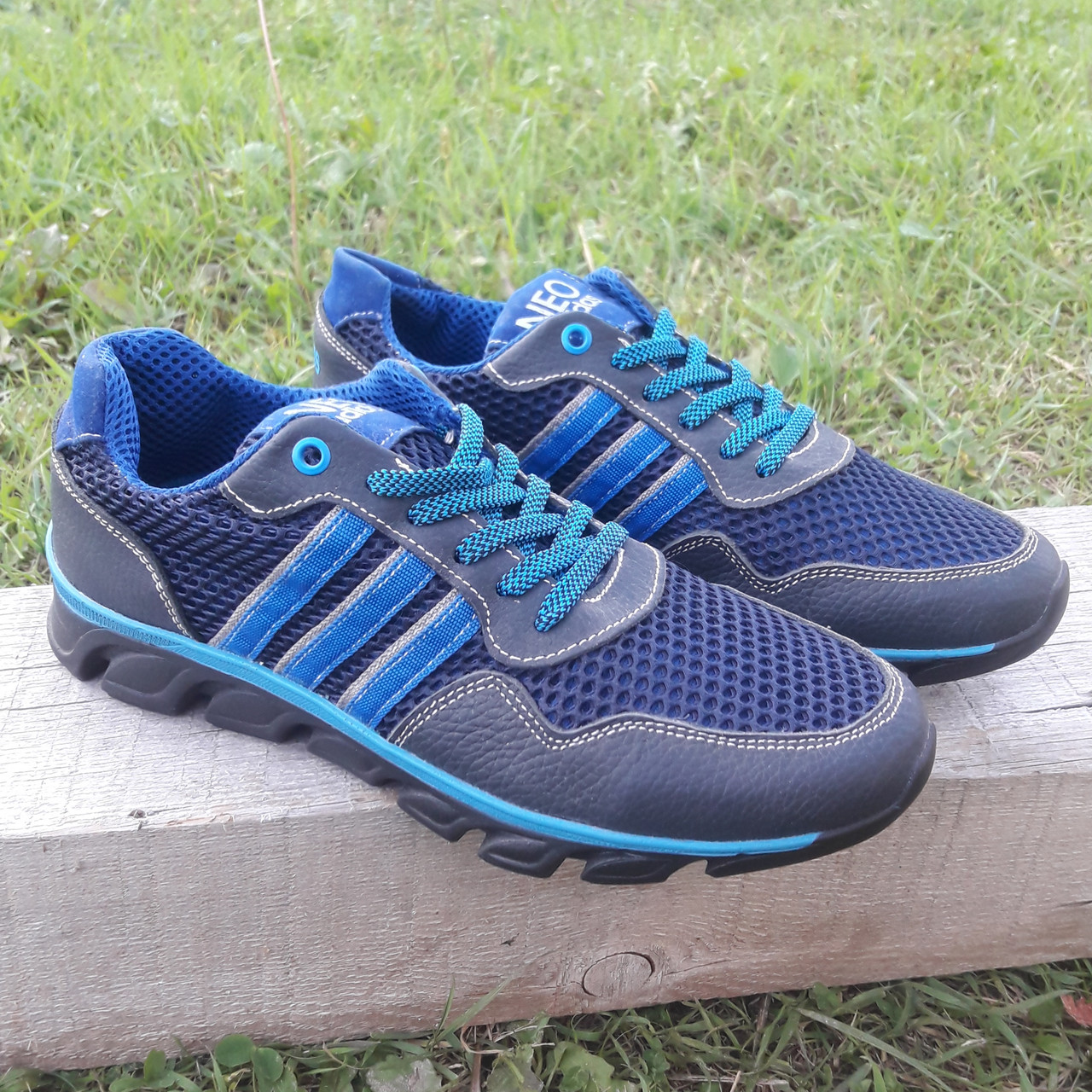 Кроссовки мужские Adidas р.41 кожа Харьков тёмно-синие сетка весна/лето