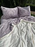 Велюровый Комплект постельного белья  Узор Барокко  двухсторонний Лиловый - молоко, фото 2