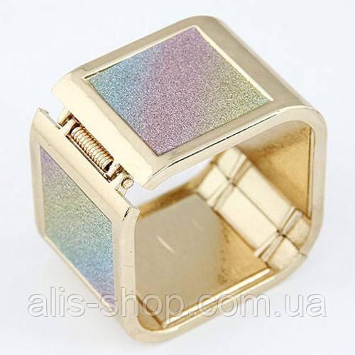 Изумительный золотистый браслет в оригинальном дизайне