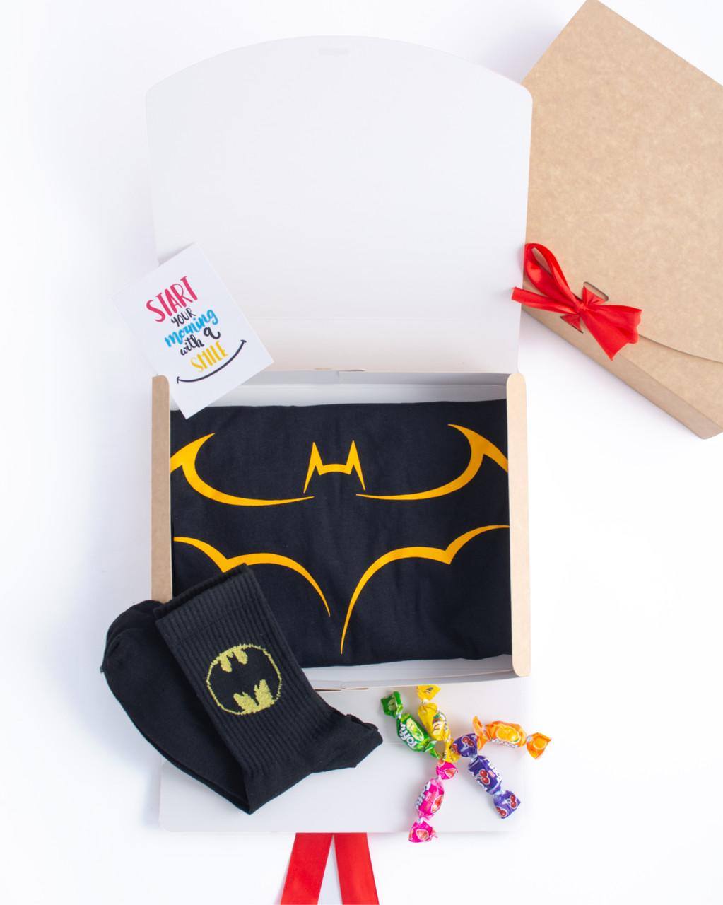 """Подарунковий набір чоловічий. Футболка з принтом """"Batman"""", шкарпетки з принтом """"Batman"""""""