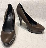 Кожаные женские туфли на высоком каблуке и танкетке, фото 3