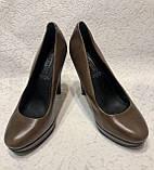 Кожаные женские туфли на высоком каблуке и танкетке, фото 4