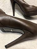 Кожаные женские туфли на высоком каблуке и танкетке, фото 6