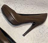 Кожаные женские туфли на высоком каблуке и танкетке, фото 8