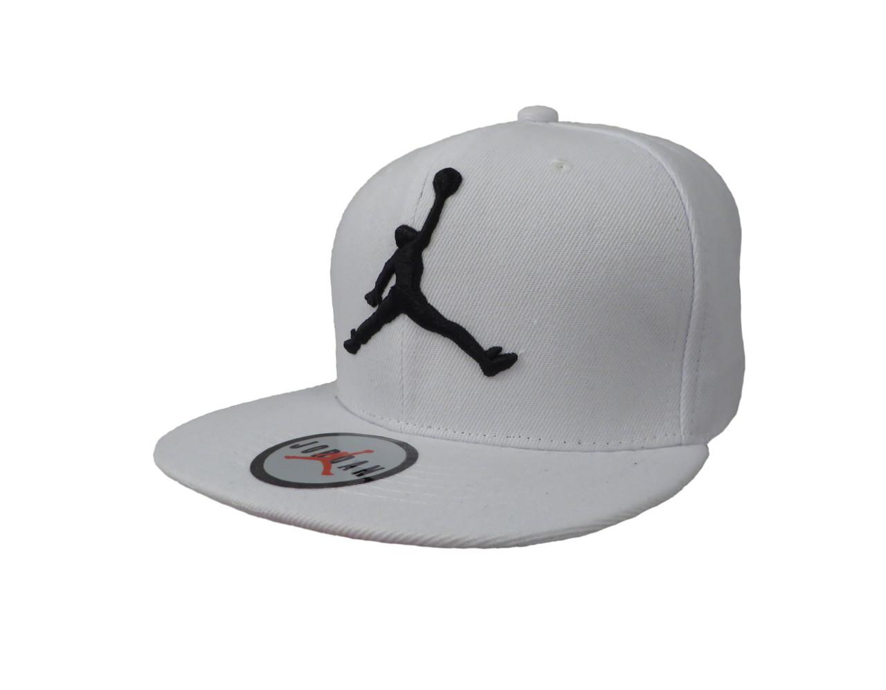 Белая кепка с черным логотипом Jordan (реплика) - Интернет-магазин оригинальных кепок, рюкзаков и аксессуаров в Львове