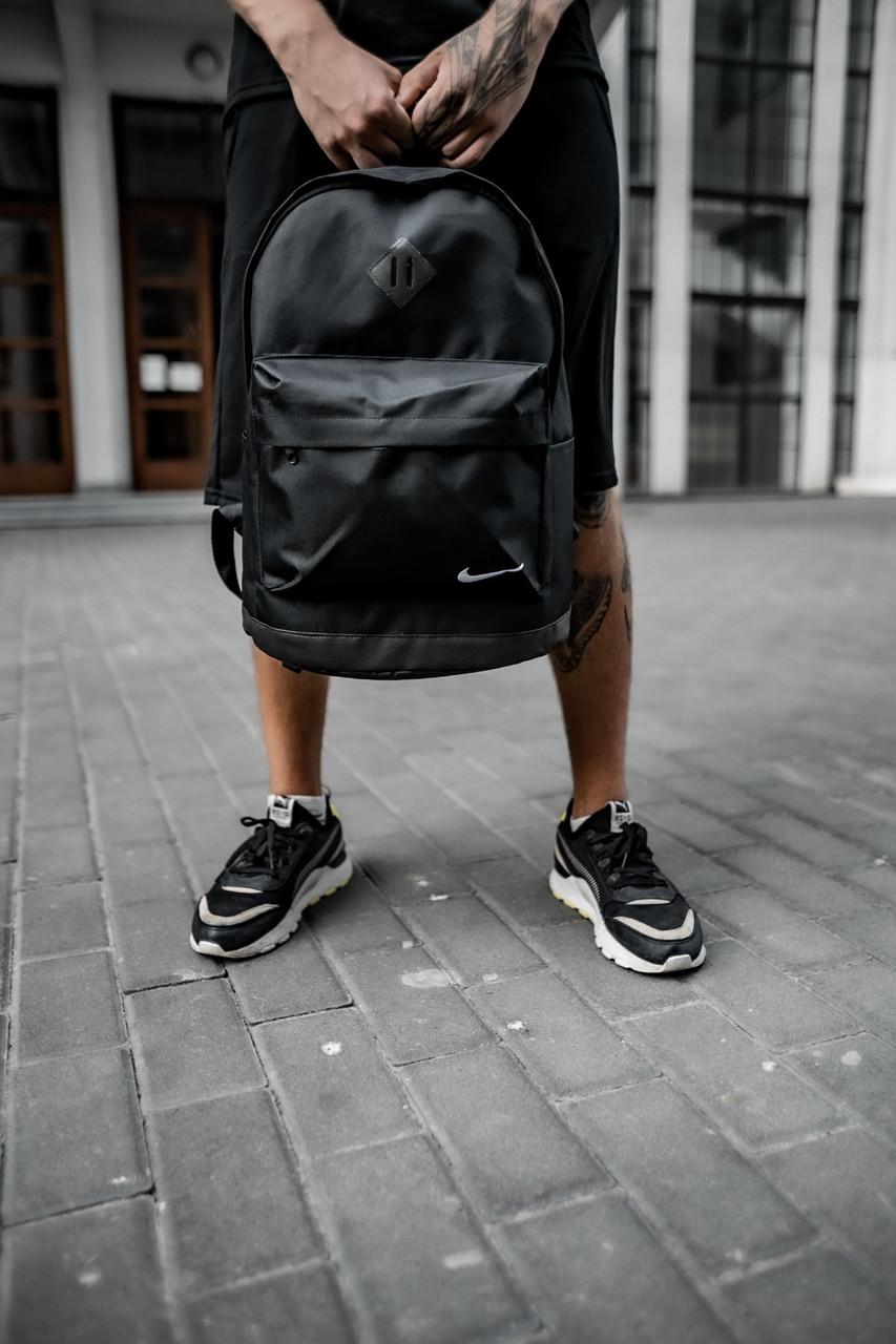 Рюкзак кож.дно черный