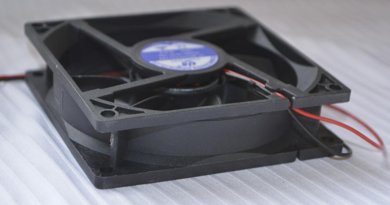 Вентилятор к сварке 24V, 0.30А (92х92х25)