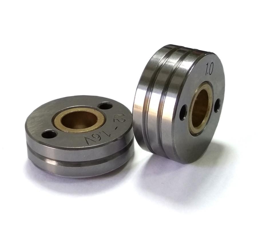 Подаючий Ролик на напівавтомат, розмір 30*12*10 діаметр 0,6-0,8