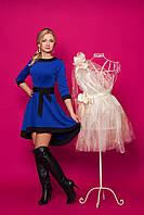Женское платье из структурного трикотажа в ромашки