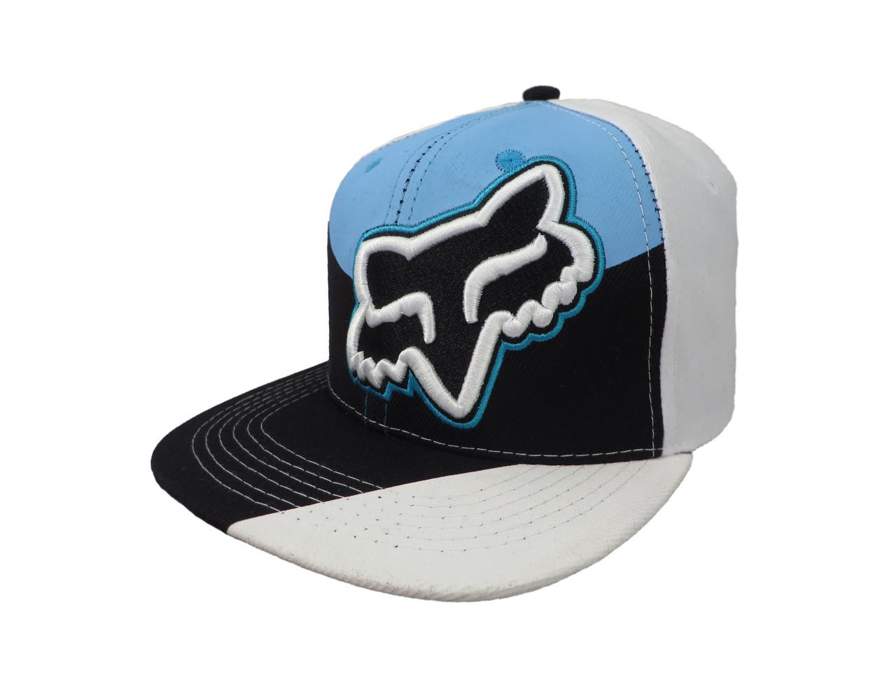 Белая кепка FOX