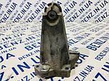 Кронштейн опори двигуна зліва Mercedes W204 A2712231904, фото 4