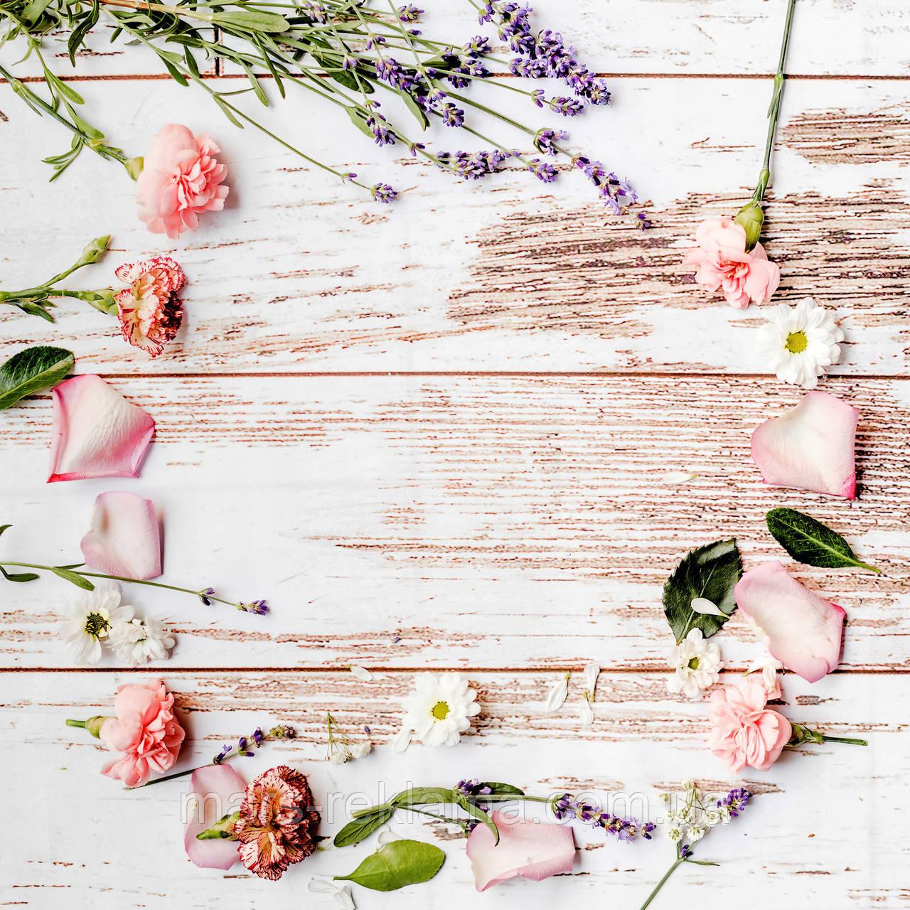 Виниловый фон (фотофон) студийный для предметной съемки. Деревянные доски. Цветы гвоздика лепестки. Белый