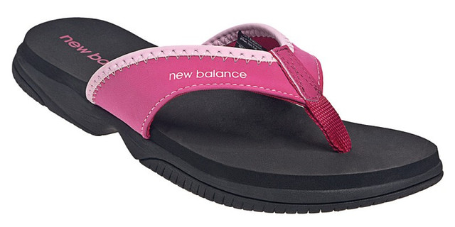 Тапочки женские new balance