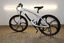 Велосипед на литих дисках цельнорамный однопідвісний, біло-чорний (21 швидкість)