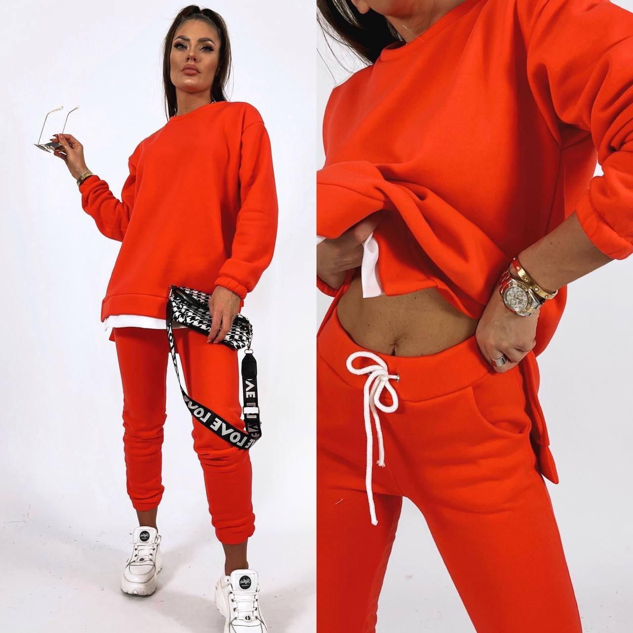 Жіночий яскравий спортивний костюм трехнить на флісі в кольорах (Норма)