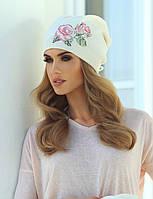 Милая шапка с красивым принтом розы, украшенным бисером, от Kamea - Magda