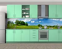 Кухонный фартук на Зеленый луг и голубое небо (Наклейка виниловая пленка скинали для кухни) 60 х 300 см.