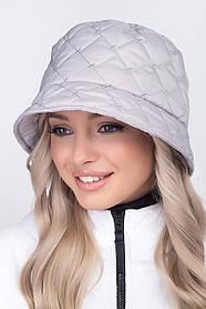 Жіноча демісезонна панама зі стьобаної плащової тканини світло сірий