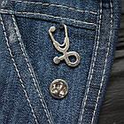 """Значок, брошка-значок, пін з металу на одяг, металевий значок """"Стетоскоп. Лікарю"""", фото 3"""