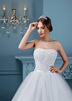 Роскошное свадебное платье с изумительно выстеганным корсетом с милым бантиком на талее