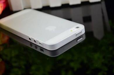 Ультра тонкий чехол iphone 5, 5s