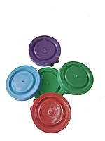 Крышка пластмассовая цветная