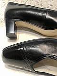 Шкіряні жіночі туфлі на маленькому підборах 40 р, фото 7